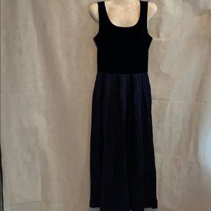 Jessica Howard one pc velvet Party dress size 8